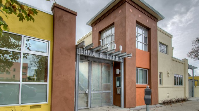 Erna P. Harris affordable housing project in Berkeley, CA developed by LISC's partner Resources for Community Development.