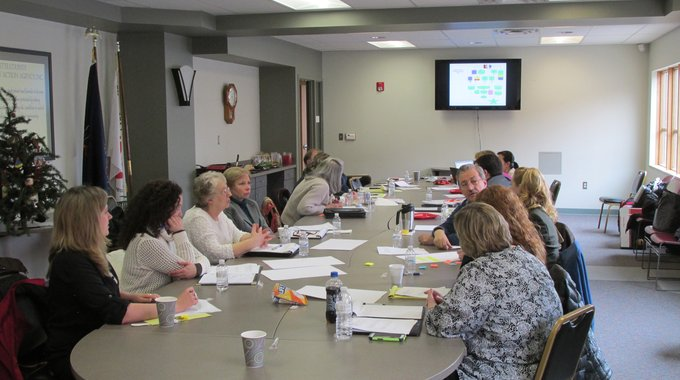 A rural Financial Opportunity Center training.
