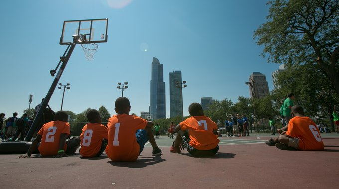 Chicago youth taking in the skyline view at the 2017 Hoops in the Hood Cross-City Finals at Grant Park.