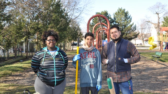 A neighborhood clean-up in East Dayton, led by local youth, was part of the LISC-supported community-law enforcement engagement has tackled drug-related crime in the area.